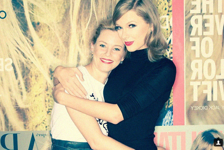 Yeah, Celeb! Elizabeth Banks is totally head over heals effing in love with Taylor Swift