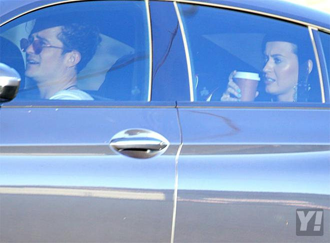 Yeah Celeb! (Not) Katy Perry makes Orlando Bloom into a chauffeur!